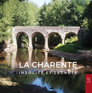 Couverture La Charente insolite et secrète